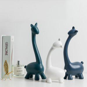 Girafe abstracte albe si albastre pentru decorare