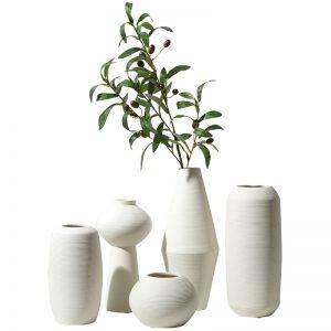 Vaze decorative albe la set