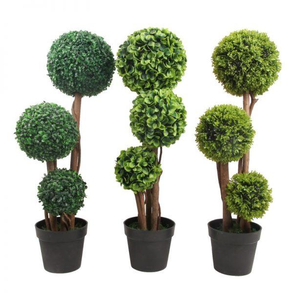 Copaci cu sfere artificiale vesnic verzi